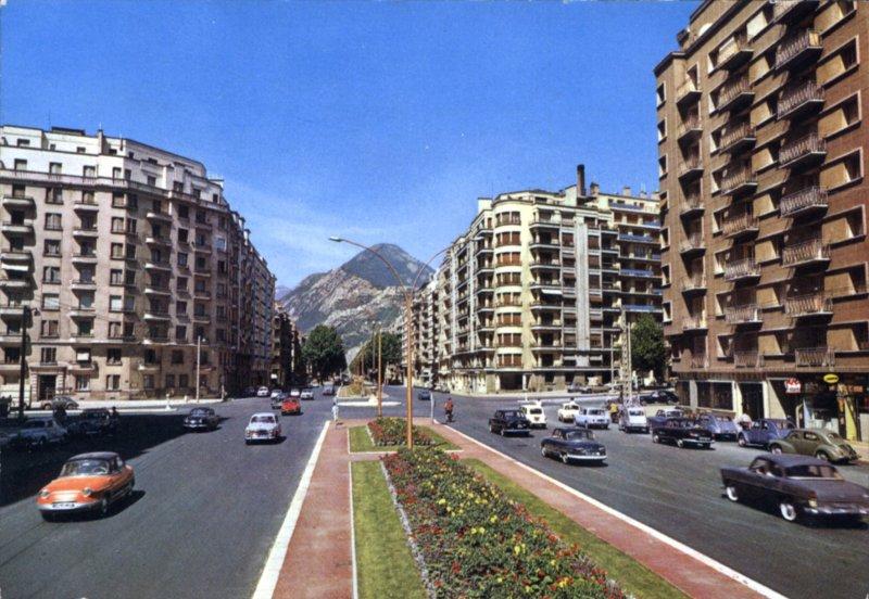 http://1900anosjours.hpsam.info/photos/grenoble/jaures-05.jpg